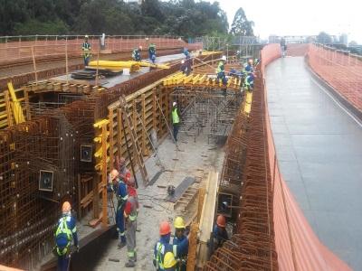 Prefeito visita obra de pontes que vão ligar os dois sentidos da Av. Marginal Pinheiros