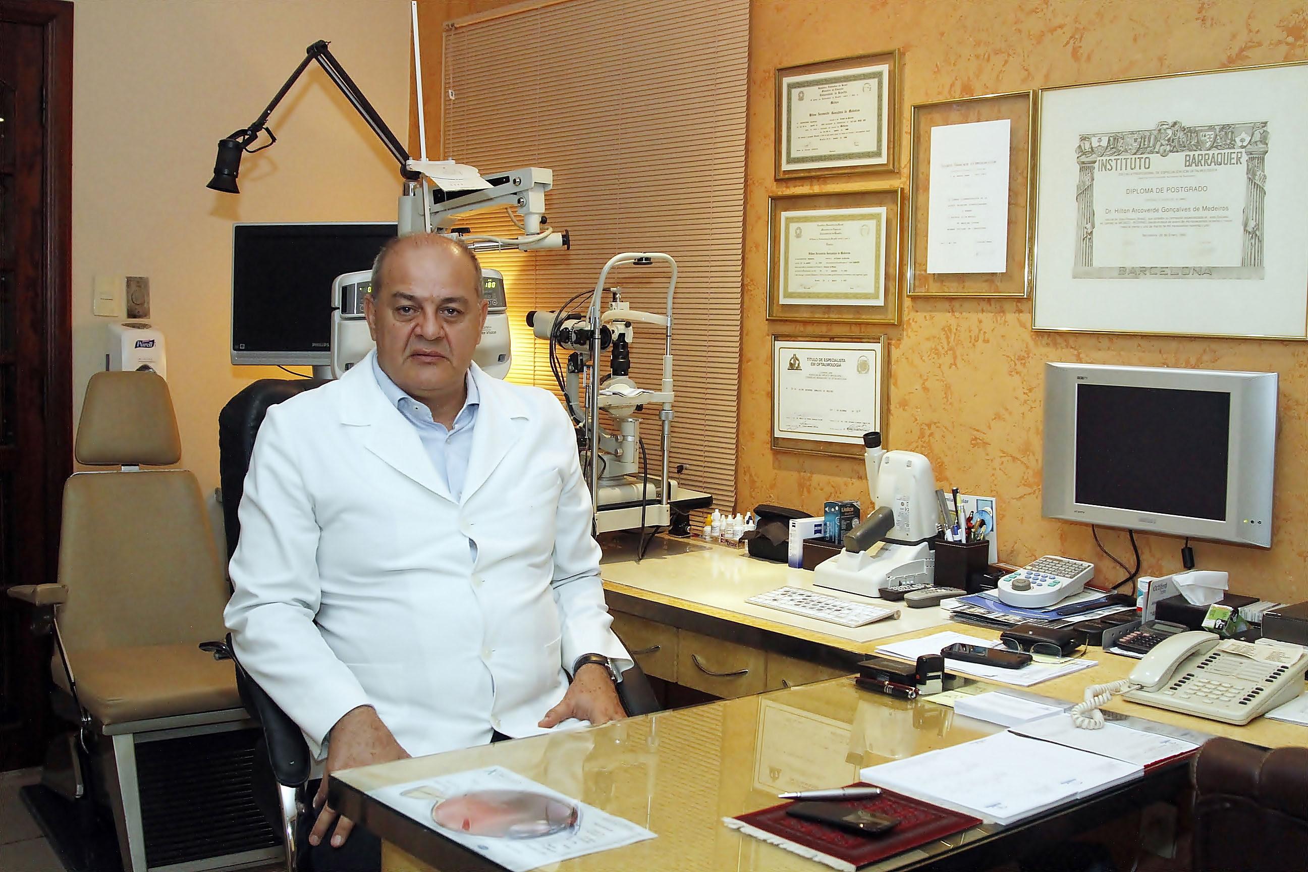 Melanoma ocular que vitimou Roberto Leal está entre os tipos mais devastadores de câncer